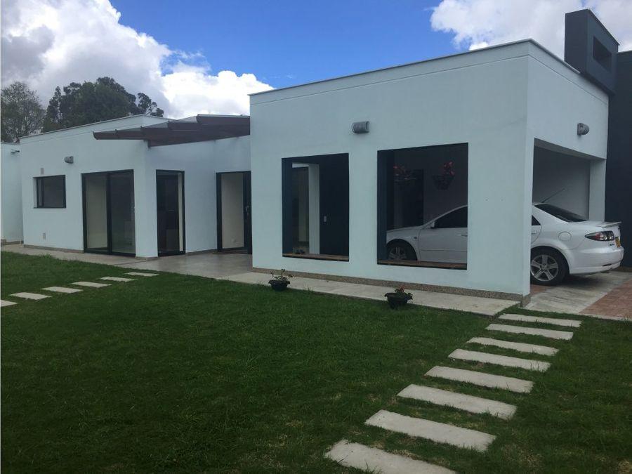 se vende casa moderna guaymaral cundinamarca