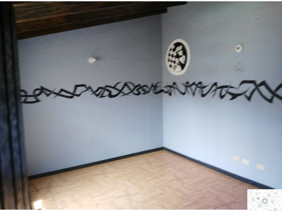 se vende casa con apartaestudio niza los lagartos