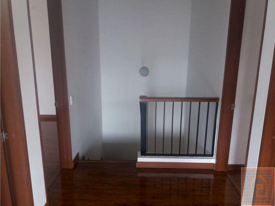 se vende casa en cajica cundinamarca amplia
