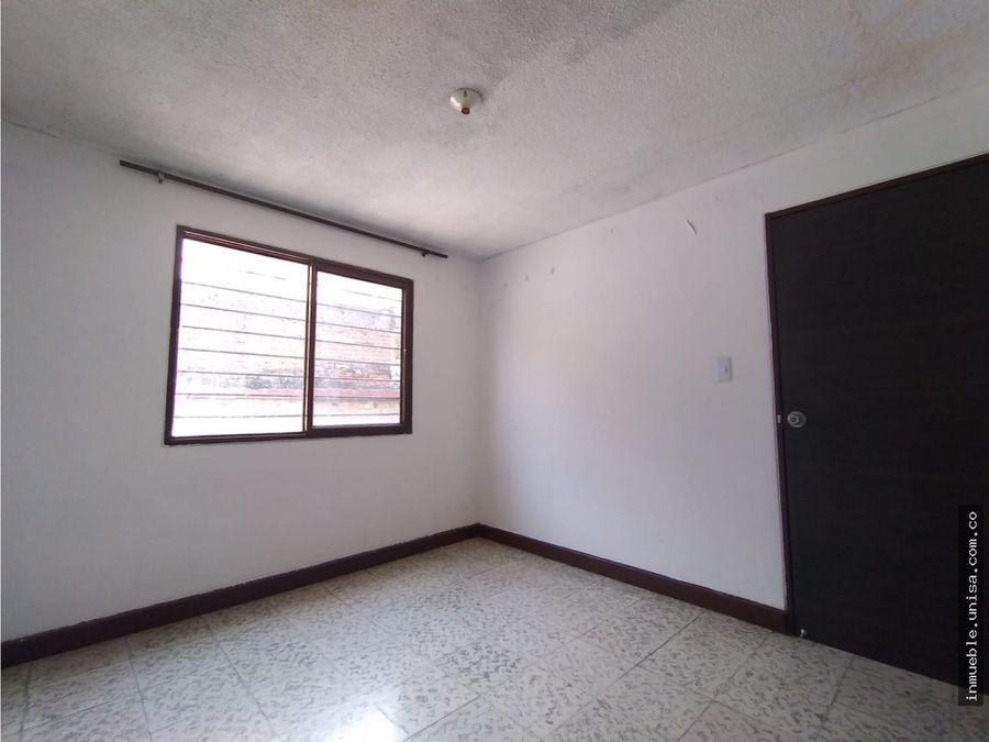alquiler casa 2do piso barrio junin