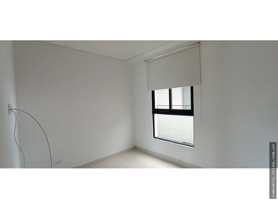 alquiler apartamento piso 12 edificio chipichape 40
