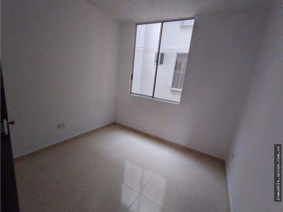 alquiler apartamento 3er piso conjunto cerezos del caney