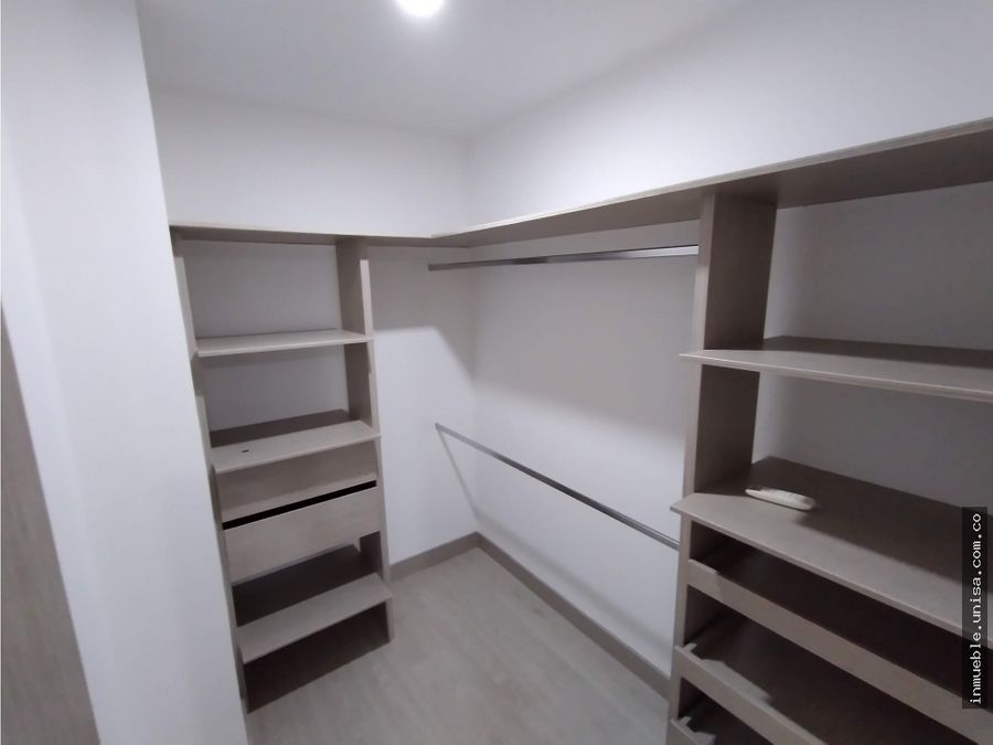 apartamento en alquiler en conj mirador de avalon 301 8715