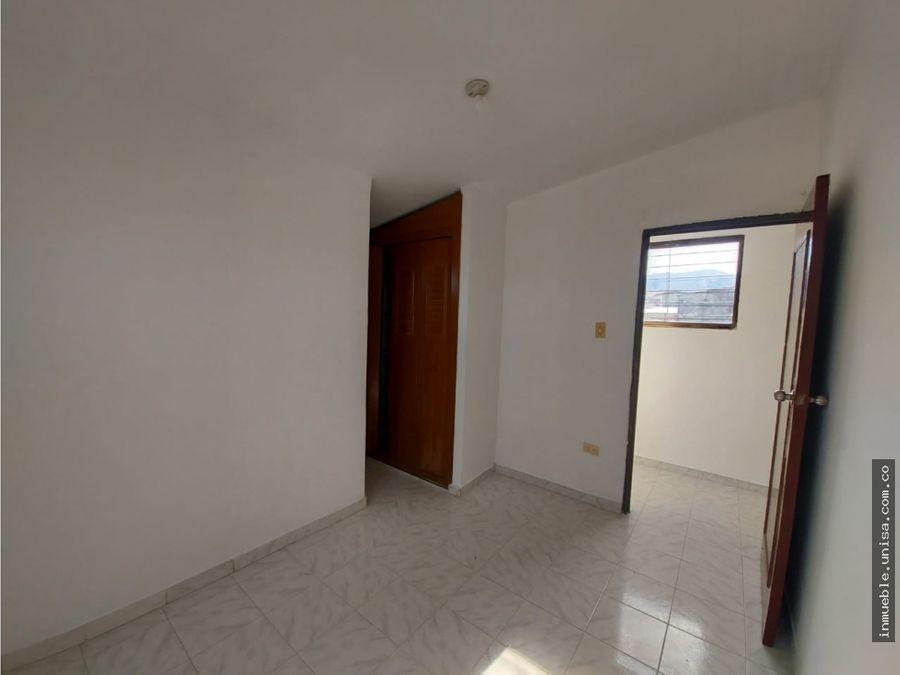 alquiler apartamento 2do piso barrio colseguros