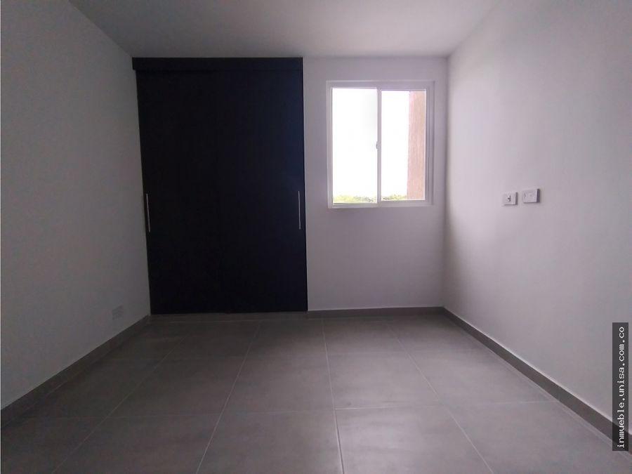 alquiler apartamento 4to piso conjunto gratta