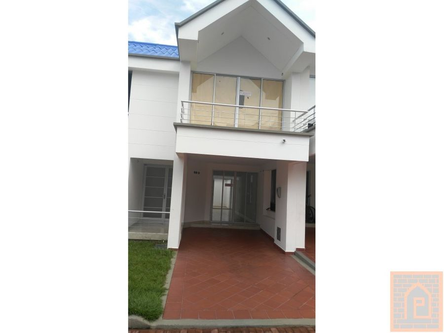 se vende casa en villavicencio cundinamarca