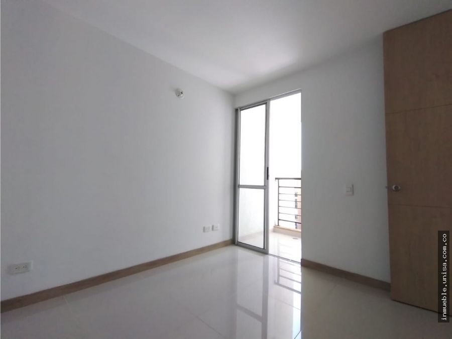 alquiler de hermoso apartamento conjunto entre verdes