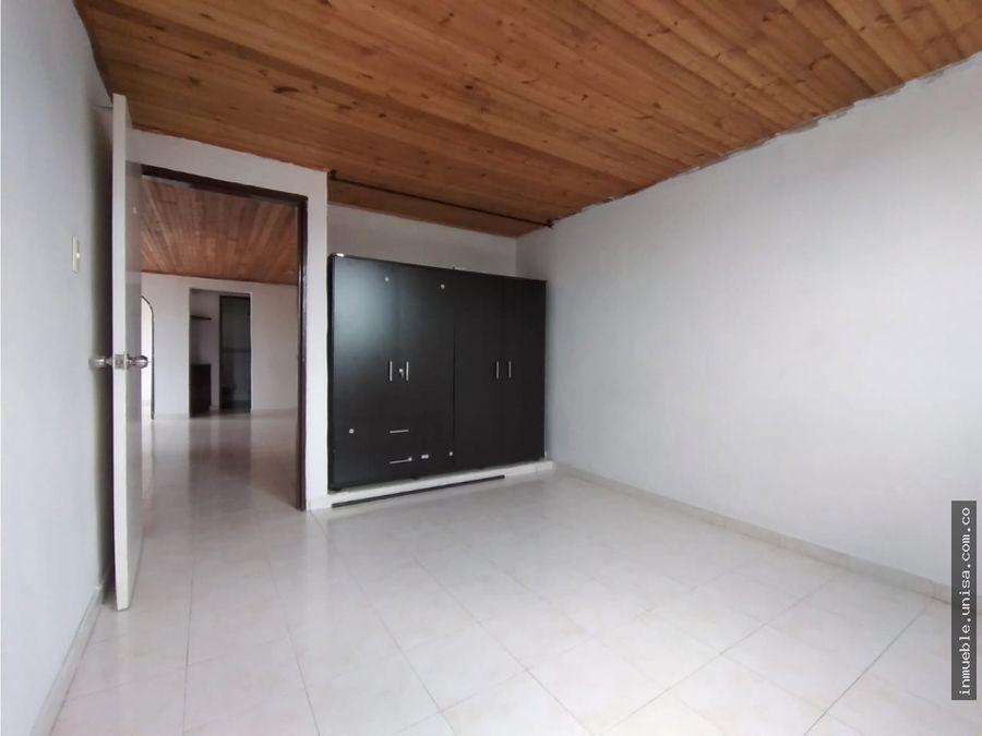 alquiler apartamento 4to piso conjunto santa clara