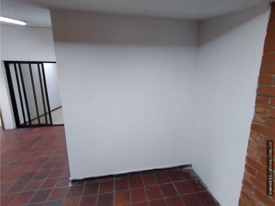 alquiler casa comercial barrio prados del norte 2eo piso 301 8043