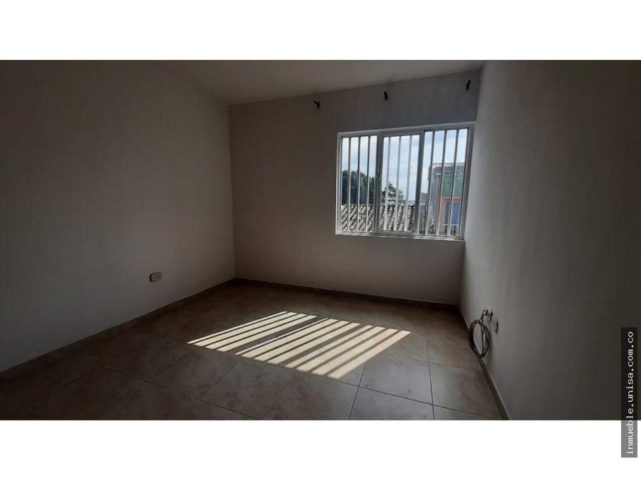 alquiler apto 3er piso barrio junin