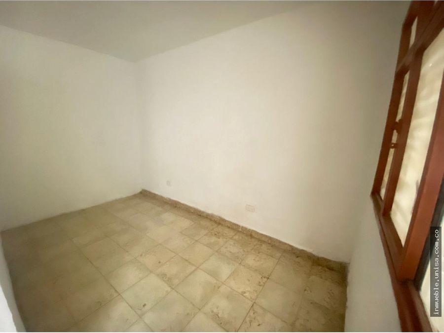 alquiler casa 1er piso barrio 7 de agosto