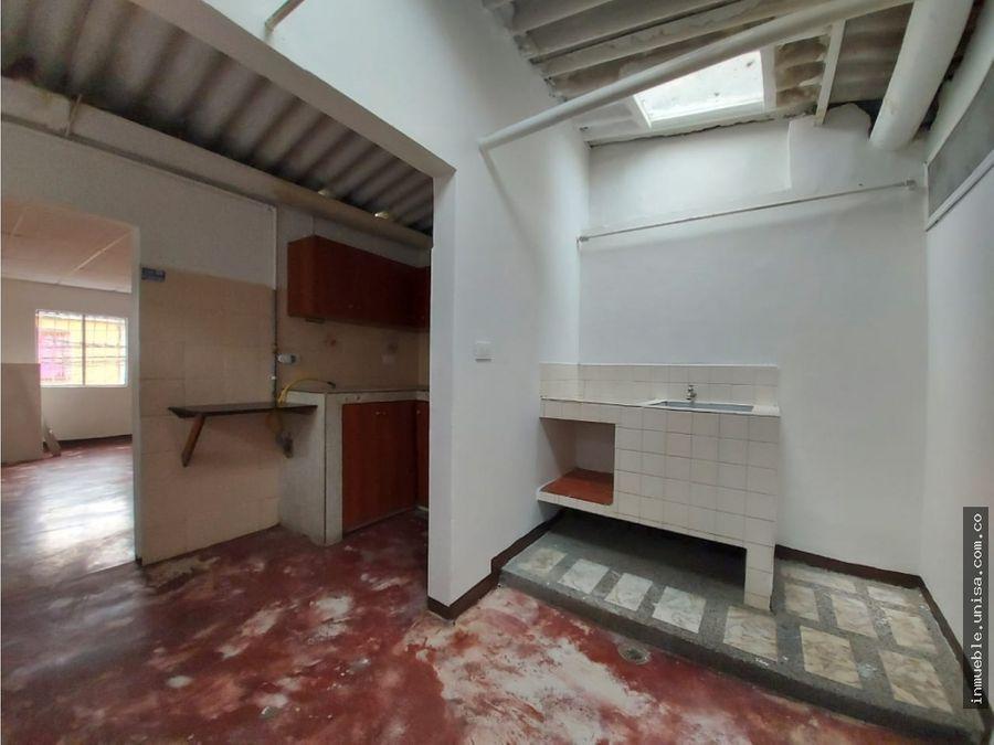 alquiler casa 2do piso barrio floralia