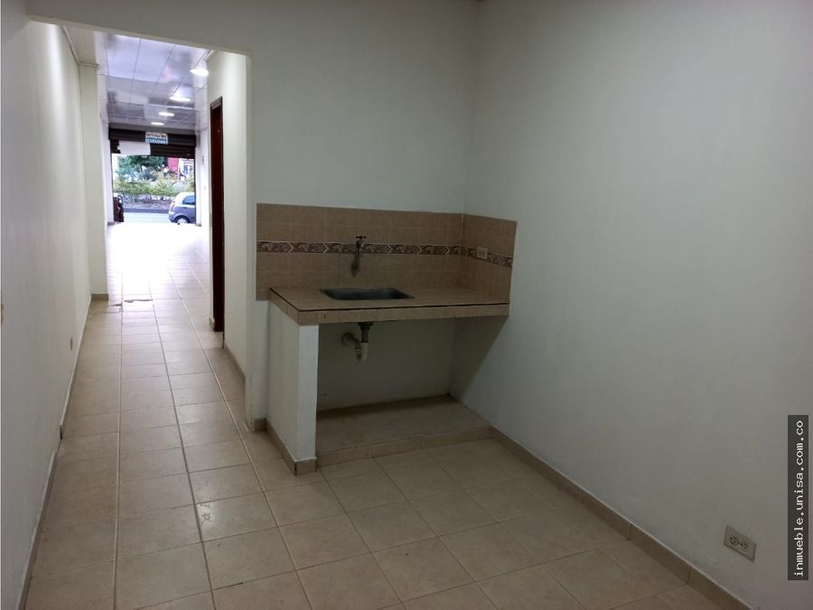 alquiler local 1er piso barrio vipasa