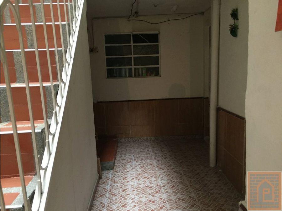 se vende casa en sur bogota barrio acacias