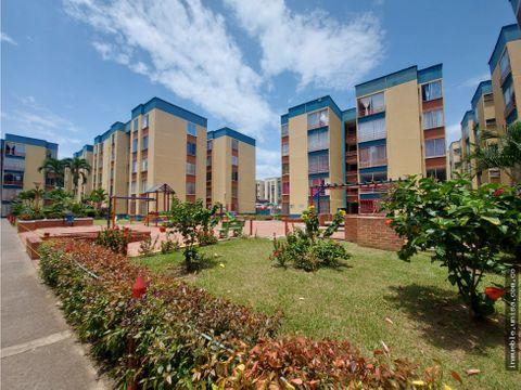 alquiler apartamento 4to piso conjunto paraiso de comfadi b