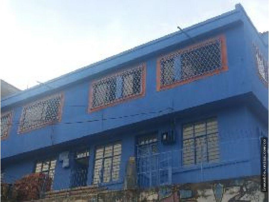 alquiler apartamento 1er piso barrio los libertadores