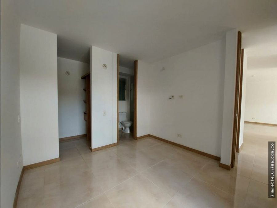 alquiler apartamento 1er piso conjunto prados del rosal