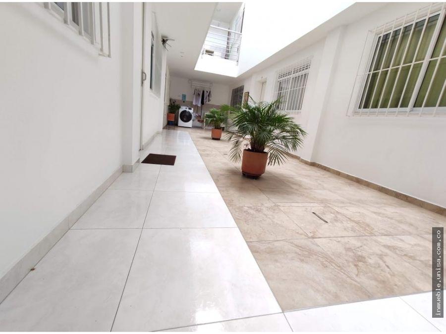 alquiler apartaestudio barrio la flora 1er piso
