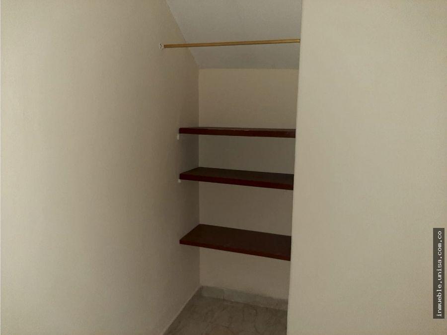 alquiler casa 1er piso barrio 20 de julio