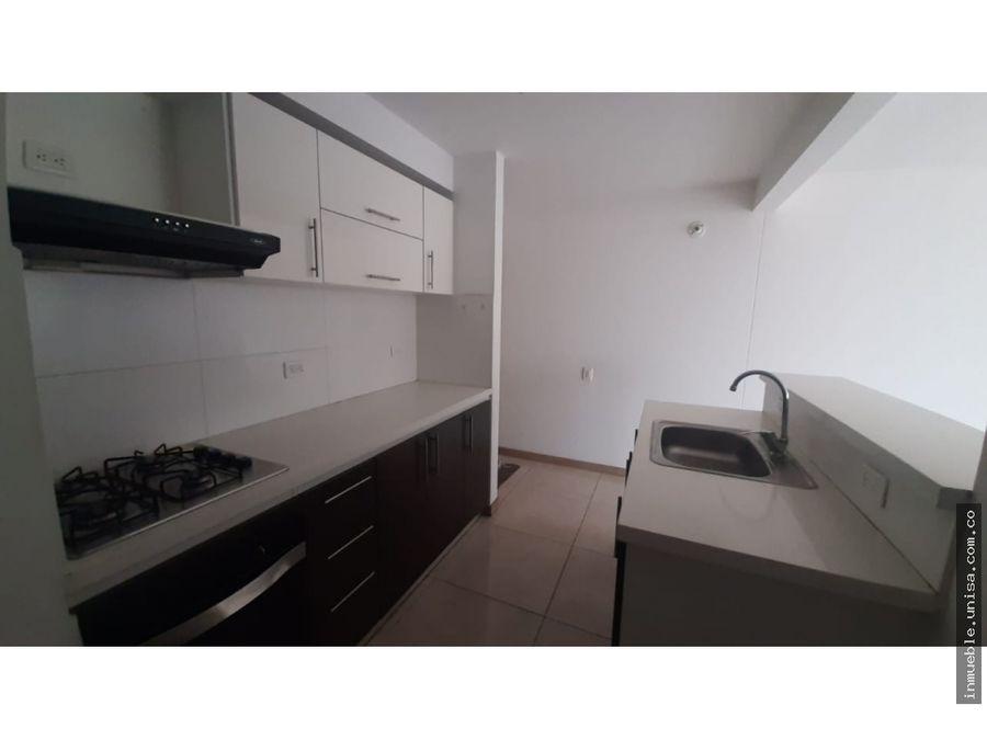 apartamento en alquiler en conj fioralleza