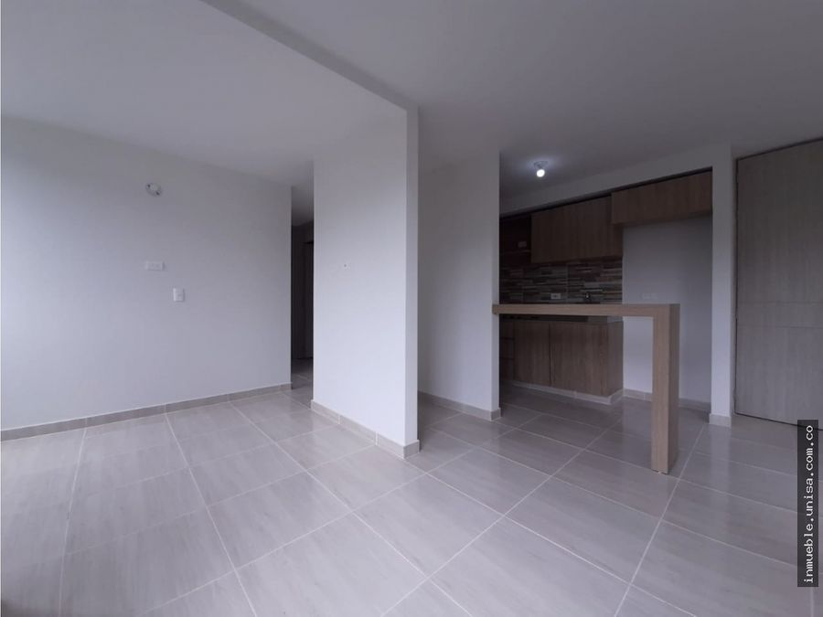 alquiler apartamento 4to piso conjunto murano