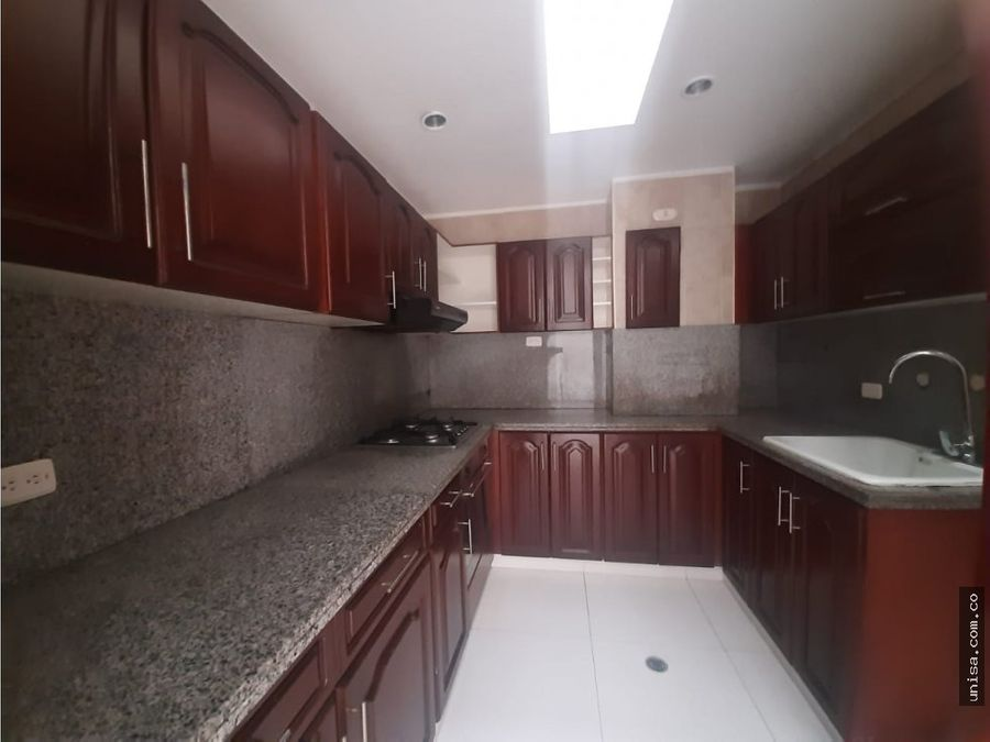 apartamento en venta barrio menga 10284