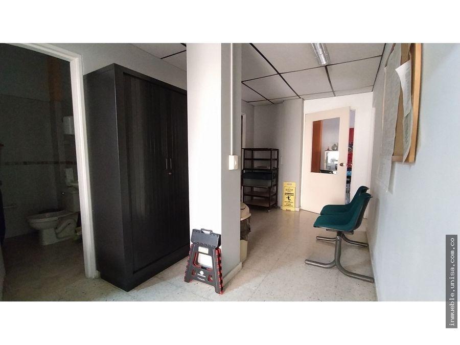 alquiler oficina 2do piso en avroosevelt