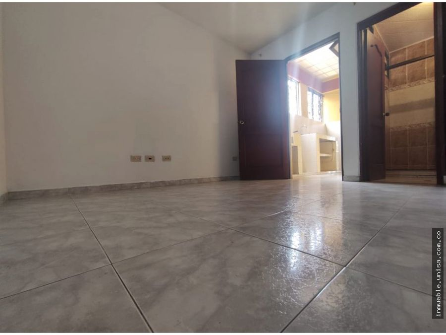 alquiler apto 2do piso barrio junin