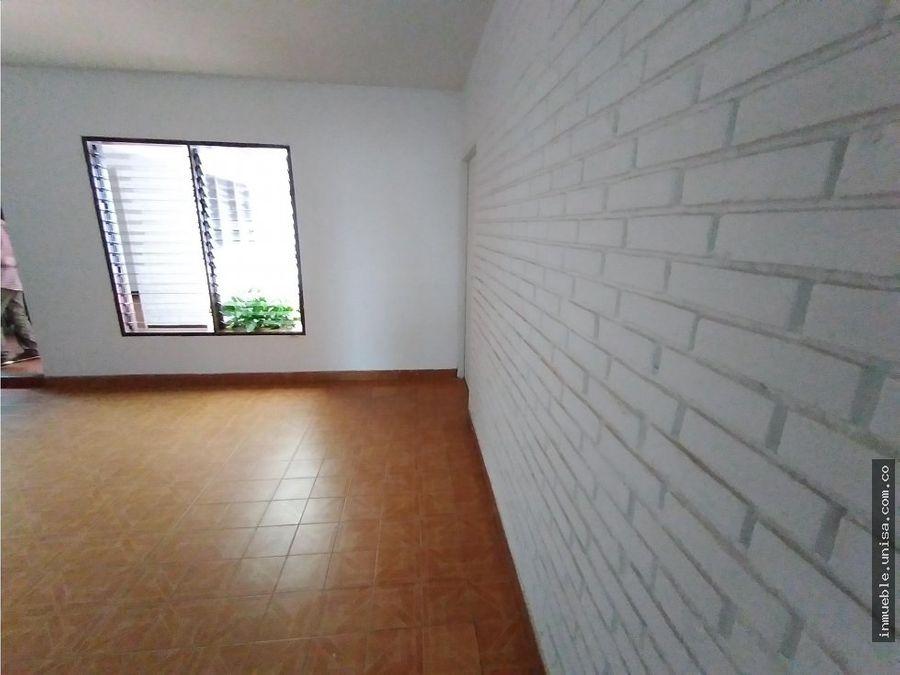 alquiler de casa en la flora pra oficina301 10254