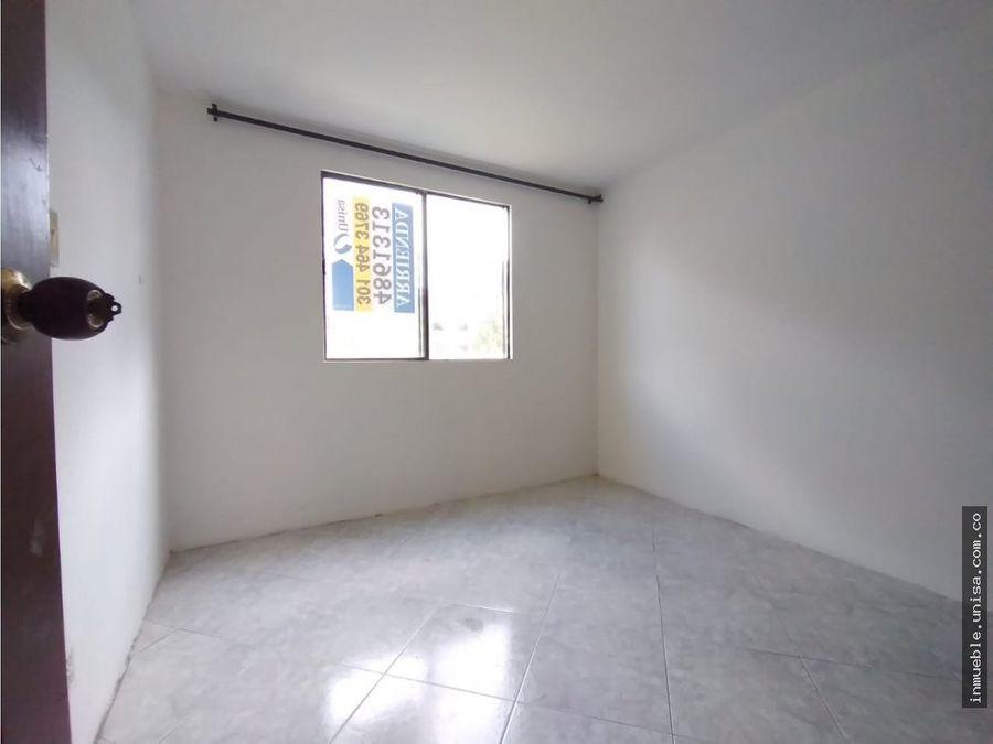 alquiler apartamento 3er piso conjunto canaverales 5