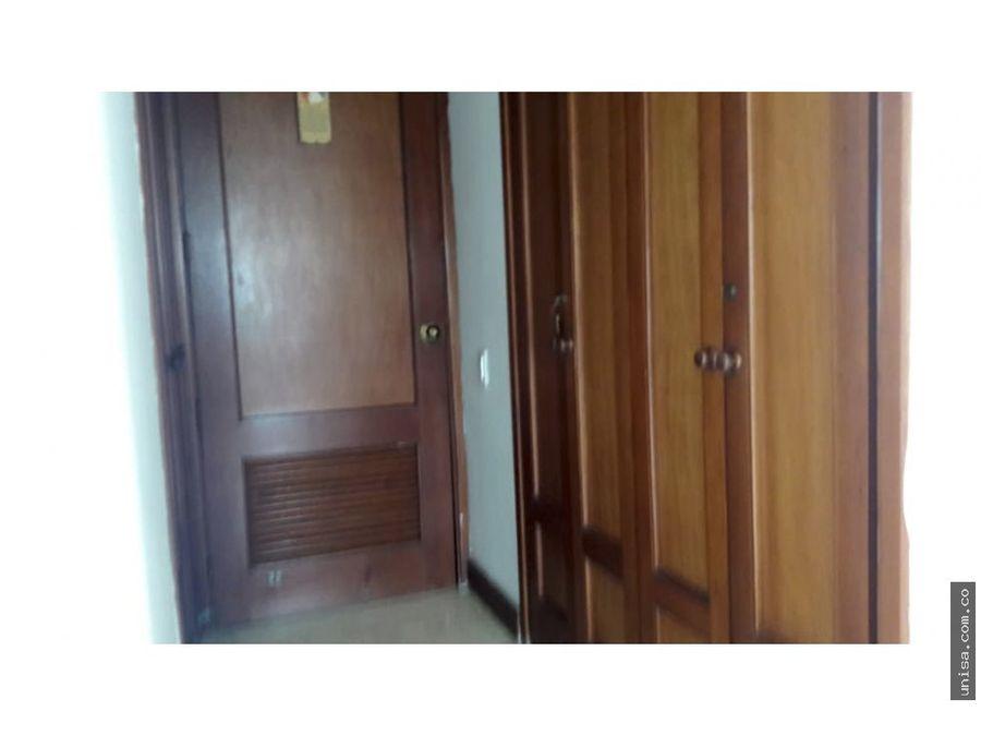 alquiler de apto en conjunto puerta de hierro ciudad jardin 9630