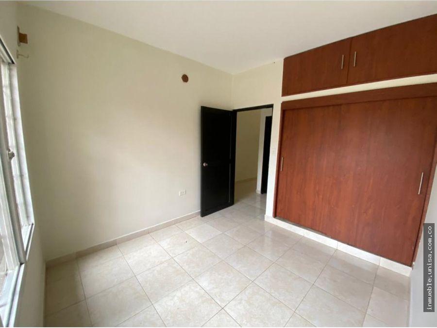alquiler apartamento 2do piso barrio las granjas