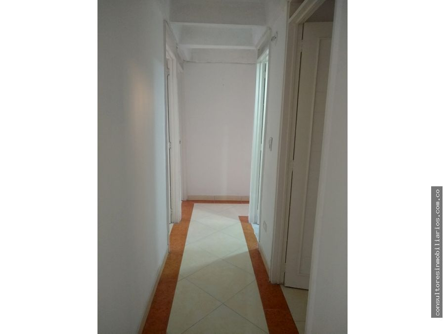 venta apartamento en capellania hayuelos