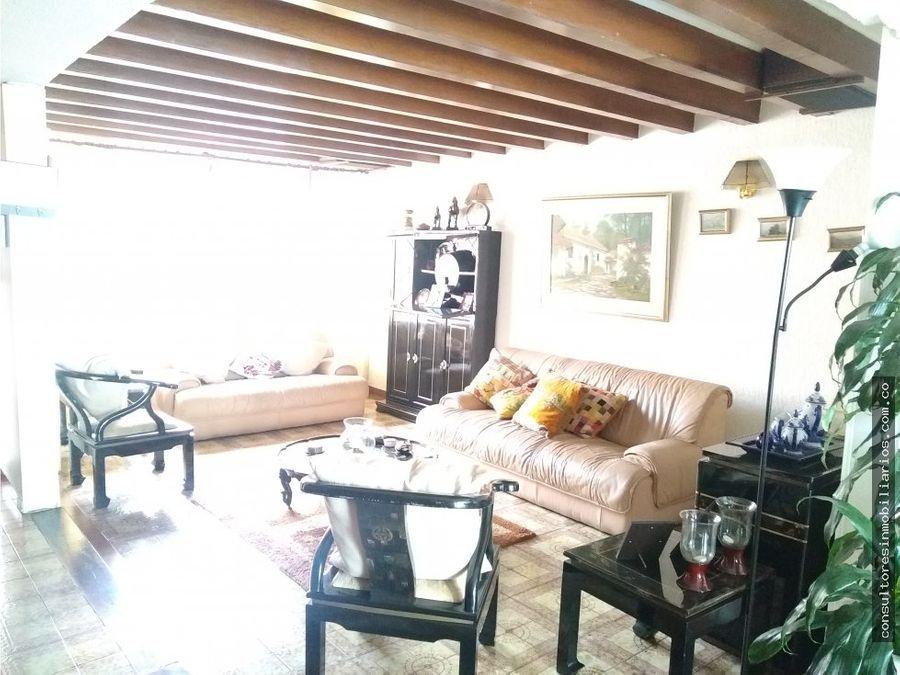 casa en venta en alhambra
