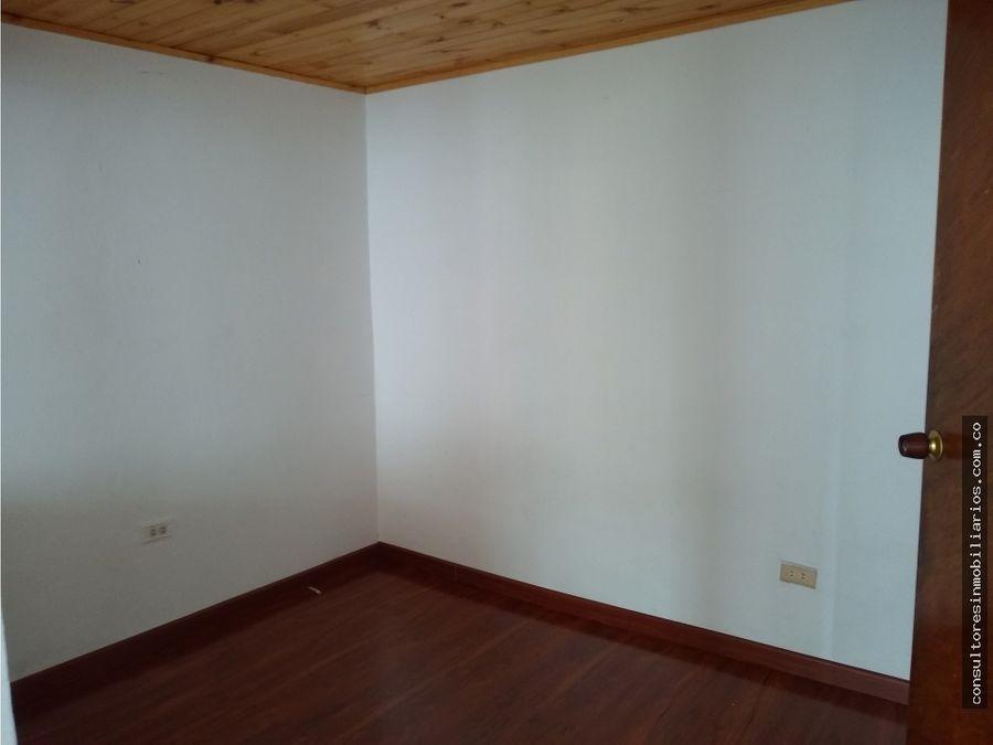 venta casa de tres niveles quirigua engativa