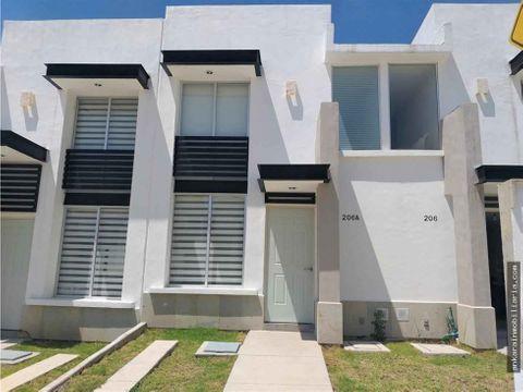 se vende casa en residencial la pera 2 modelo napoles
