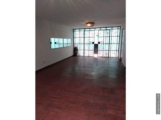 venta de casa en monterrico 5dorm at152m2 ac 211m2