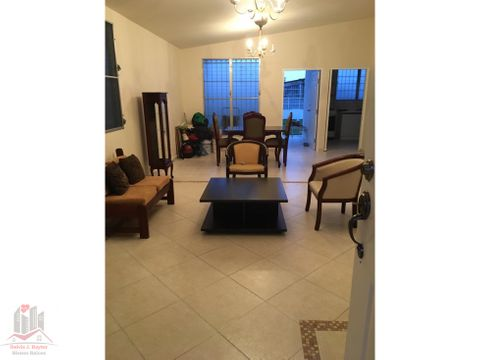 alquilo residencia amoblada en brisas del golf 300 m2 900 242