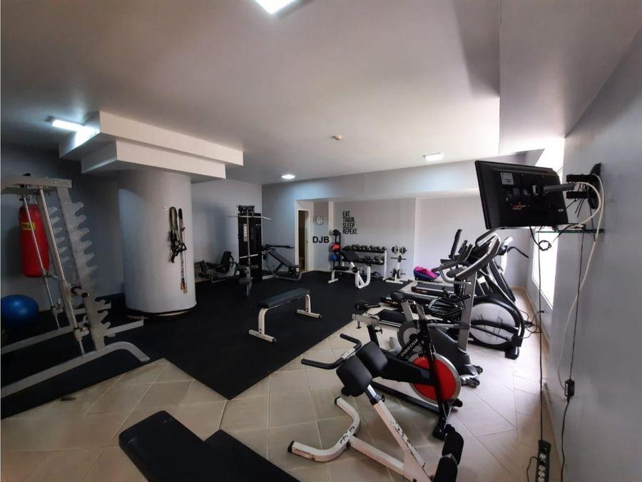 vendo apartamento en obarrio 206 m2 330000 356