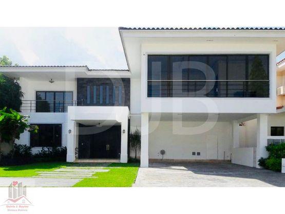 venta o alquiler de hermosa residencia en costa del este 254