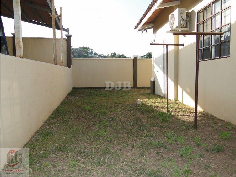 vendo casa 3 recamaras 309 m2 en villa lucre 195000 243