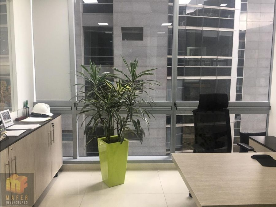 arriendo oficina torre krystal