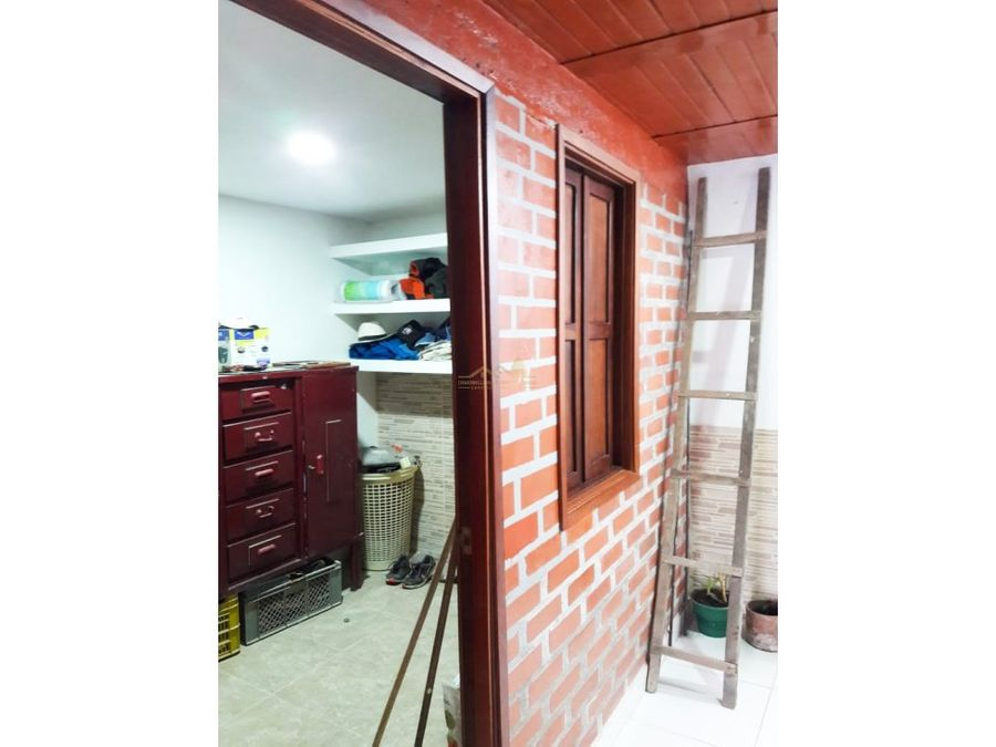 venta de casa en quimbaya barrio laureles