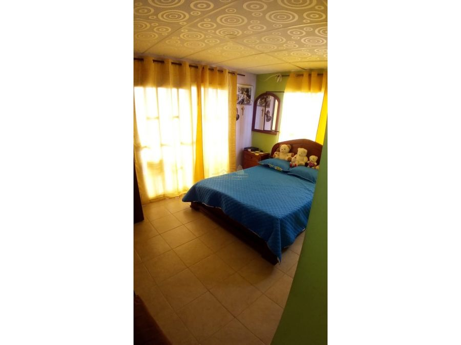 venta de casa la julia montenegro