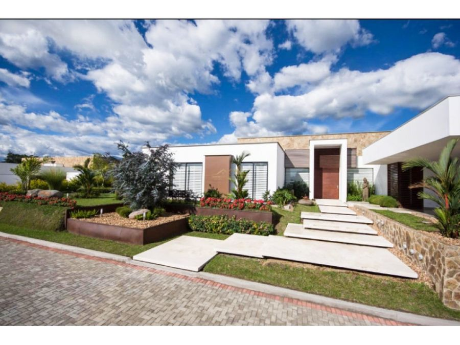 venta espectacular casa en la pradera armenia quindio