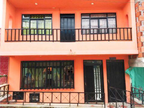 venta de casa dos plantas en quimbaya quindio