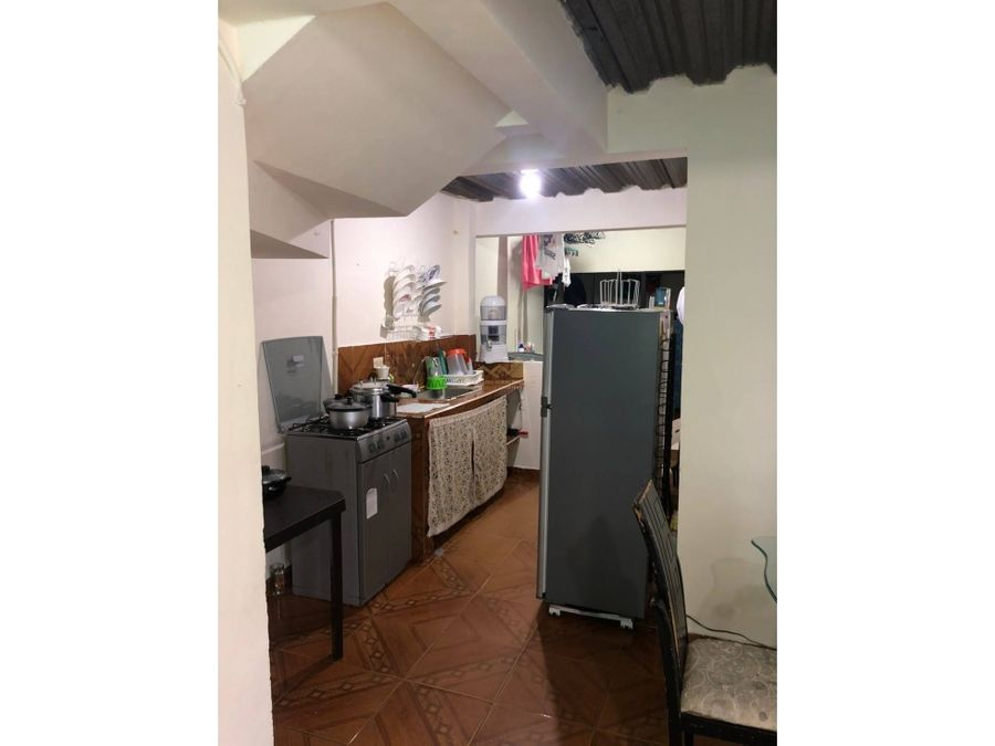 casa esquinera en venta barrio laureles quimbaya