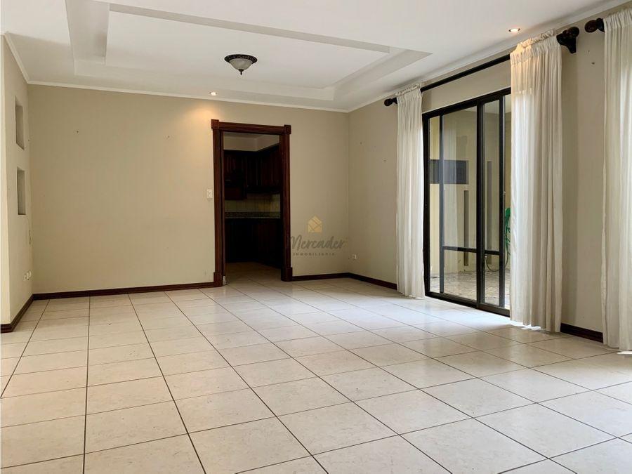 venta de casa en condominio pinares curridabat