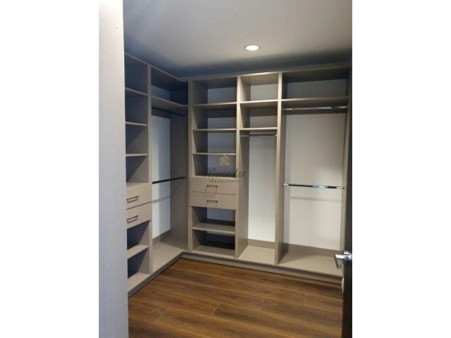 se alquila apartamento contemporaneo 1er piso 3 habs escazu