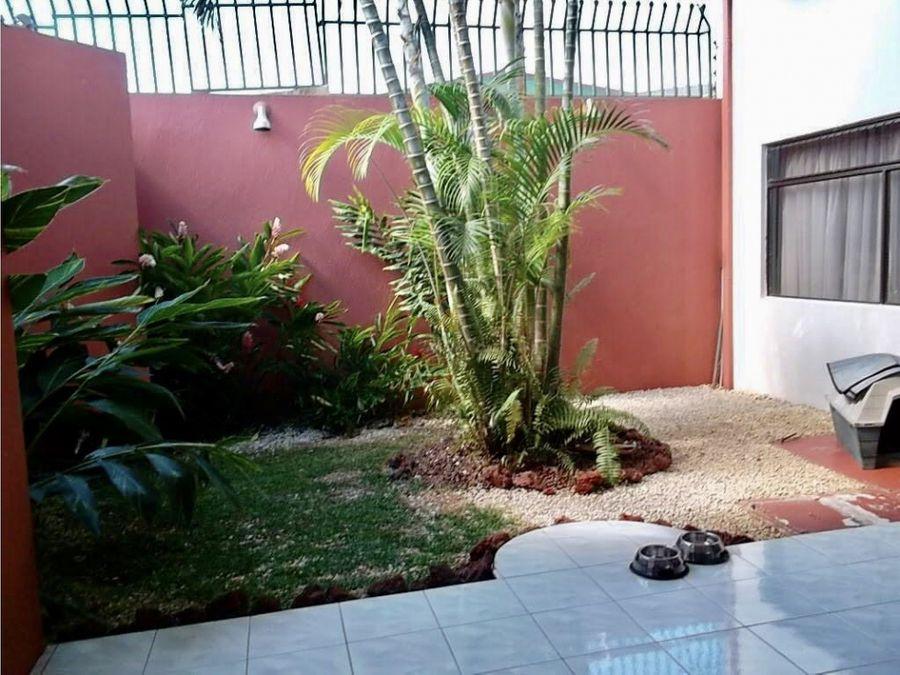 venta casa independiente curridabat lomas de ayarco